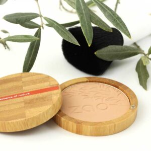 ONTS Βιολογικά και φυσικά προϊόντα περιποίησης σώματος και προσώπου Βιολογικό Μακιγιάζ Zao Organic Make-Up Compact Powder Πούδρα που χαρίζει ομοιόμορφο και ματ αποτέλεσμα, χάρη στην πολύ λεπτή πούδρα από bamboo, πλούσια σε πυρίτιο