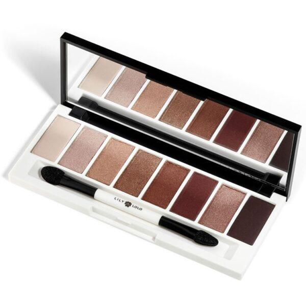 ONTS Φυσικά και Βιολογικά Προϊόντα Μακιγιάζ. Lily Lolo Opulence Eye Shadow Palette: Συλλογή σκιών ματιών με 8 πολυτελείς shimmer, μεταλλικές, χάλκινες, bronze και χρυσές αποχρώσεις. Για κομψές, εντυπωσιακές εμφανίσεις!