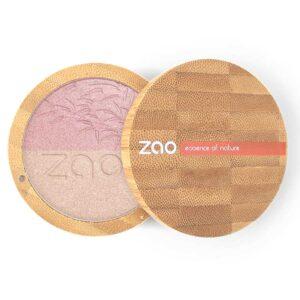 ONTS Προϊόντα Φυσικού και Βιολογικού Μακιγιάζ ZAO MAKE UP. Η 2 σε 1 πούδρα Zao Shine-up Powder, είναι ένα highlighter και μια πραγματική ιριδίζουσα μαγική πούδρα, η οποία χαρίζει λάμψη στα μάτια και σε ορισμένα σημεία του προσώπου, χάρη στην ικανότητά της να δεσμεύει το φως.